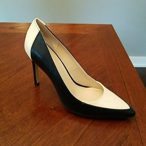 Women's Leather Pumps